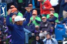 Jhonattan Vegas drains 70-foot putt on No. 17 at THE PLAYERS 2019